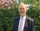 HGU-Lehrbeauftragter trägt nun das Bundesverdienstkreuz
