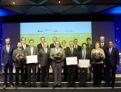 Gewinner des Arbeitsschutzpreises (Bild: © Floss / DGUV)